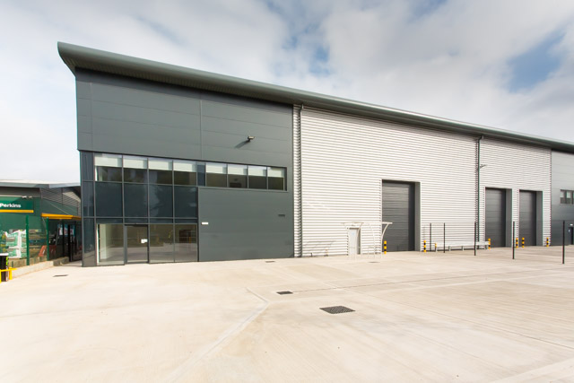 Fiera Real Estate & Wrenbridge announce the sale of their prime industrial scheme Hawkers Yard for over £14m to Mileway